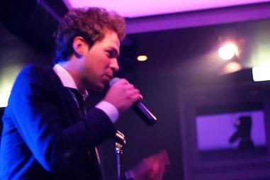 DJ…en zanger!