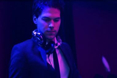 DJ met muzikant