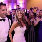 Singer in Suit firstdance openingsdans bruiloft