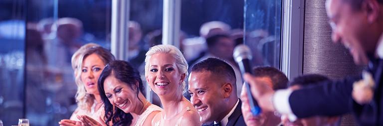 Speech met humor tijdens een bruiloft